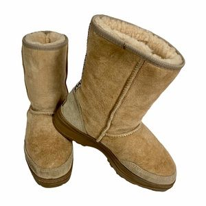 KOOLABURRA By UGG Sheepskin Aztec Design 9 M/10 W